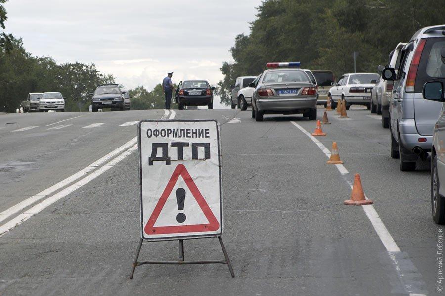 Фото тройного ДТП вПерми: шофёр ВАЗа бросил раненого пассажира и исчез
