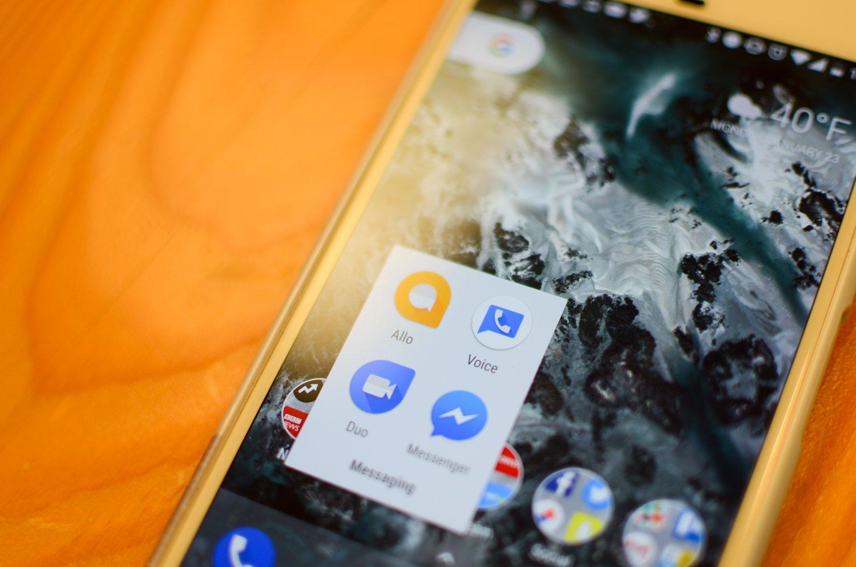 Google выпустит три новых телефона в 2017-ом году