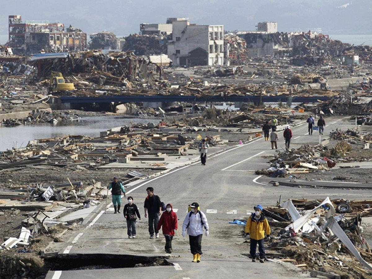 essay tsunami in japan 2011