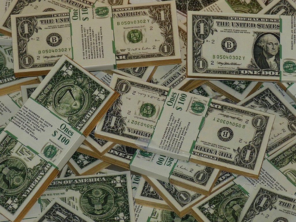 Международные резервы РФ впервый раз сдекабря прошедшего года достигли 400 млрд долларов