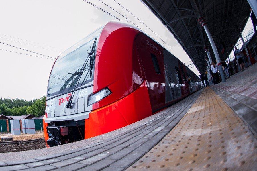 Движение наМЦК задерживается из-за остановившегося напутях поезда