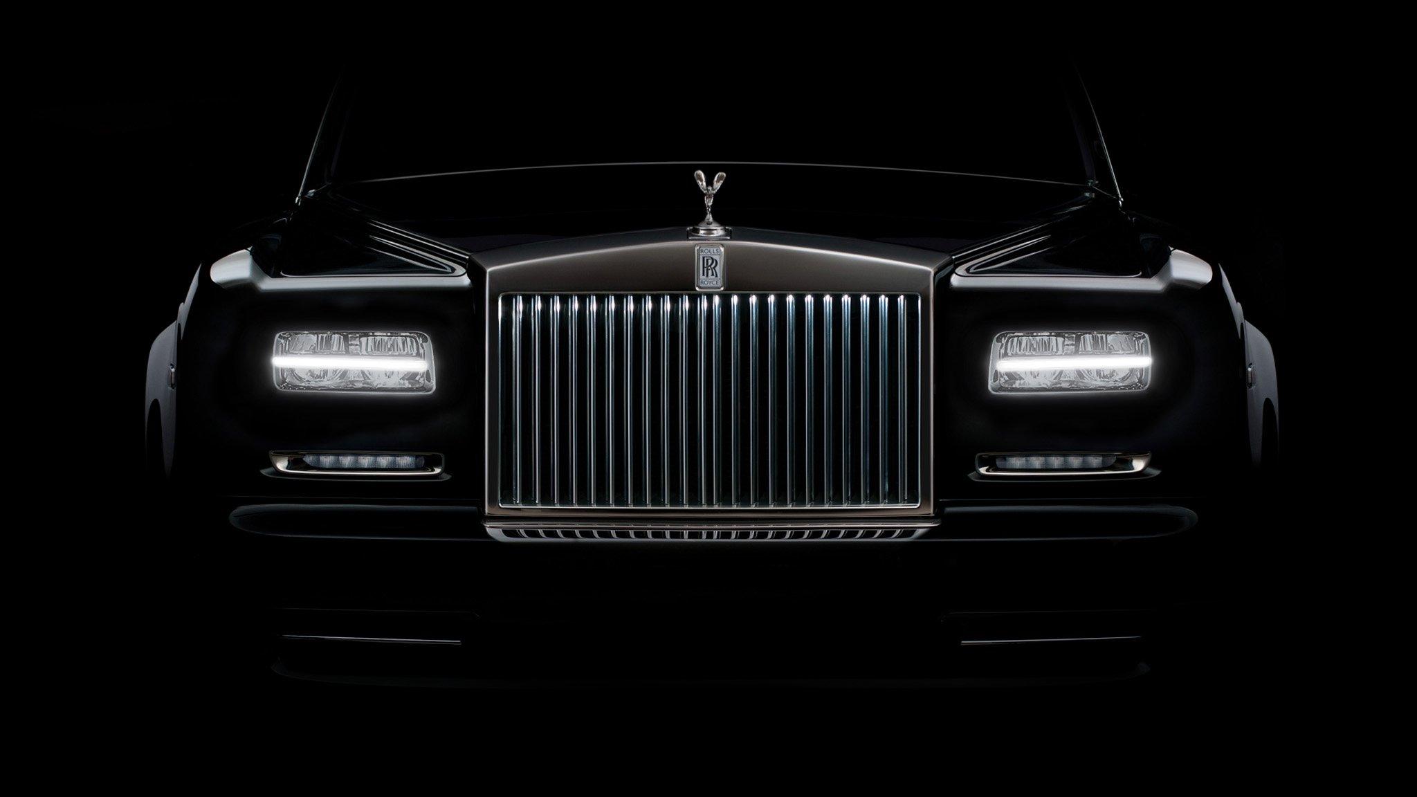 Специалисты назвали ТОП-5 люксовых авто в РФ стоимостью неменее 17 млн
