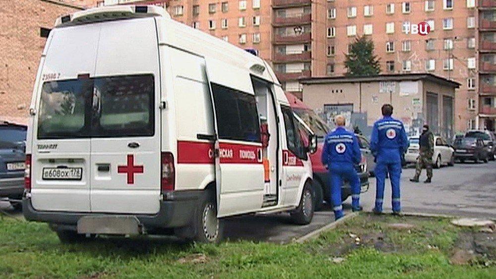 3-х летний сын отравился тормозной жидкостью вПетербурге