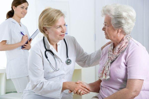 Ученые: Пациенты с высокой коммуникацией реже обращаются в скорую