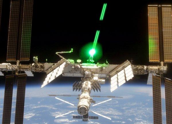 Ученые из Австралии создают сверхмощный лазер, работающий с помощи алмазов