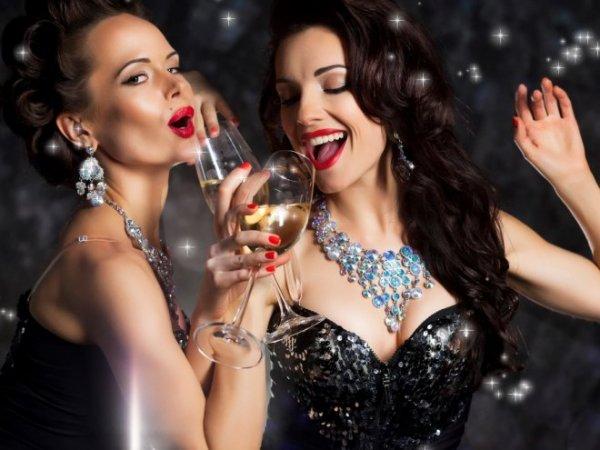 Ученые: Польза бокала шампанского сравнима с прогулкой