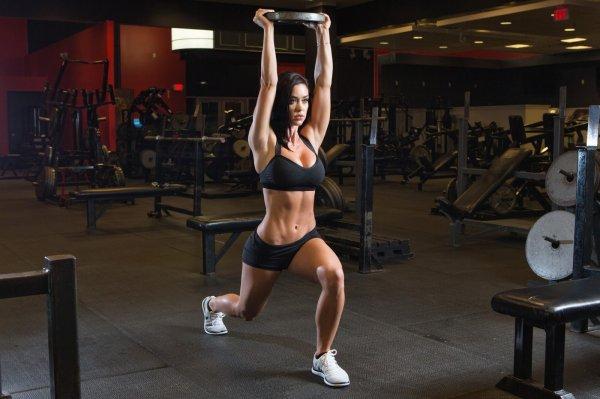 Инструктор раскрыл секреты популярных фитнес-моделей