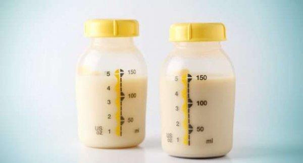 Ученые: Грудное молоко помогает обнаружить раковые клетки