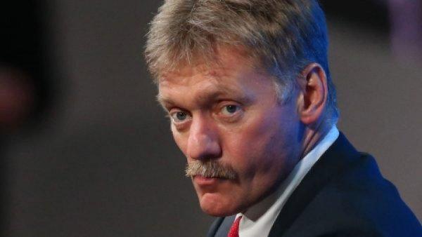 Песков назвал призывы дистанцироваться от Асада проявлением близорукости