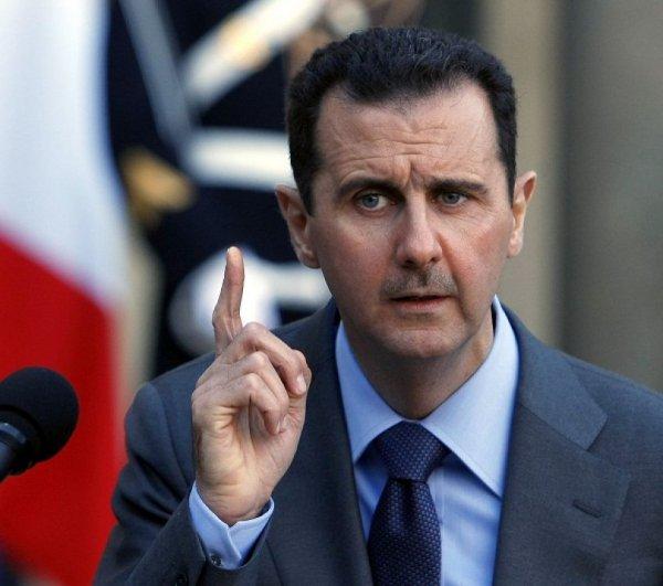 Асад заявил, что считает обвинения в химатаке лишенными основания