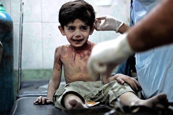 Количество жертв теракта в Алеппо достигло 100 человек