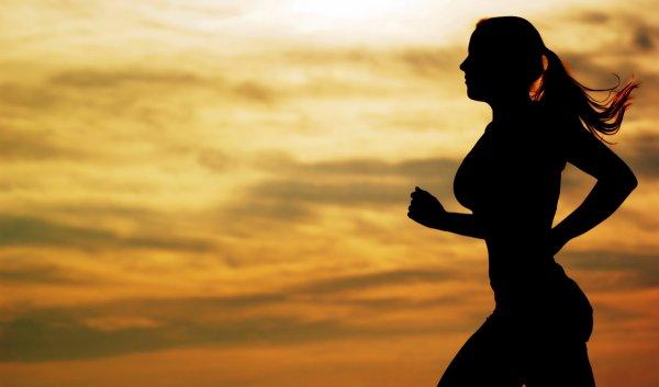 Ученые рассказали, как заставить себя бегать по утрам