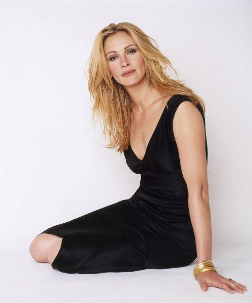 Журнал People назвал актрису Джулию Робертс самой красивой женщиной мира
