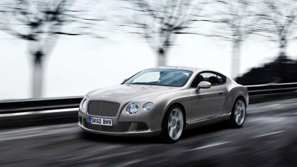 Ford заявил о популярности автомобилей серого цвета в России