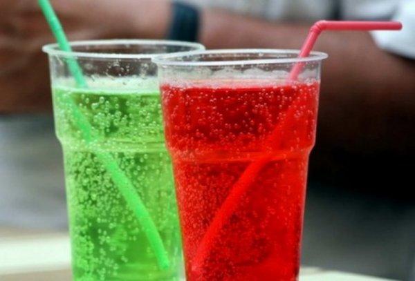 Ученые: Сладкие напитки способствуют сокращению объема головного мозга