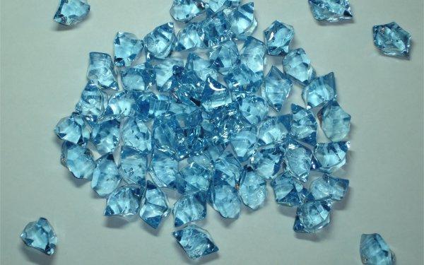 Новосибирские ученые создали светящиеся кристаллы