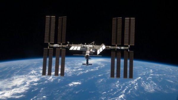 В Роскосмосе назвали дату коррекции орбиты МКС