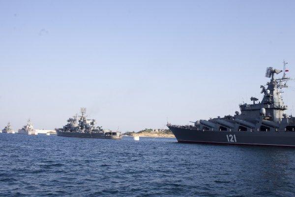 В Черном море произошло столкновение корабля ЧФ с другим судном