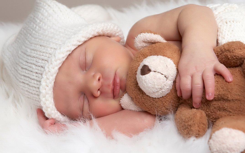 Ученые рассказали, что малыши стареют спятимесячного возраста