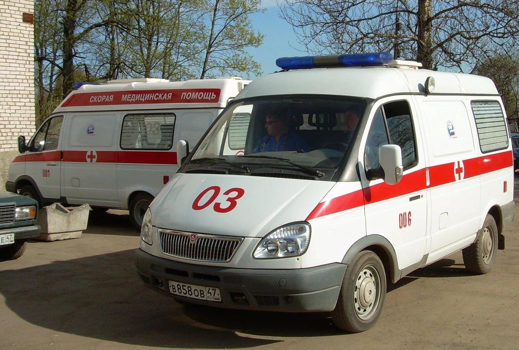 В российской столице мужчина выпал изокна наребенка