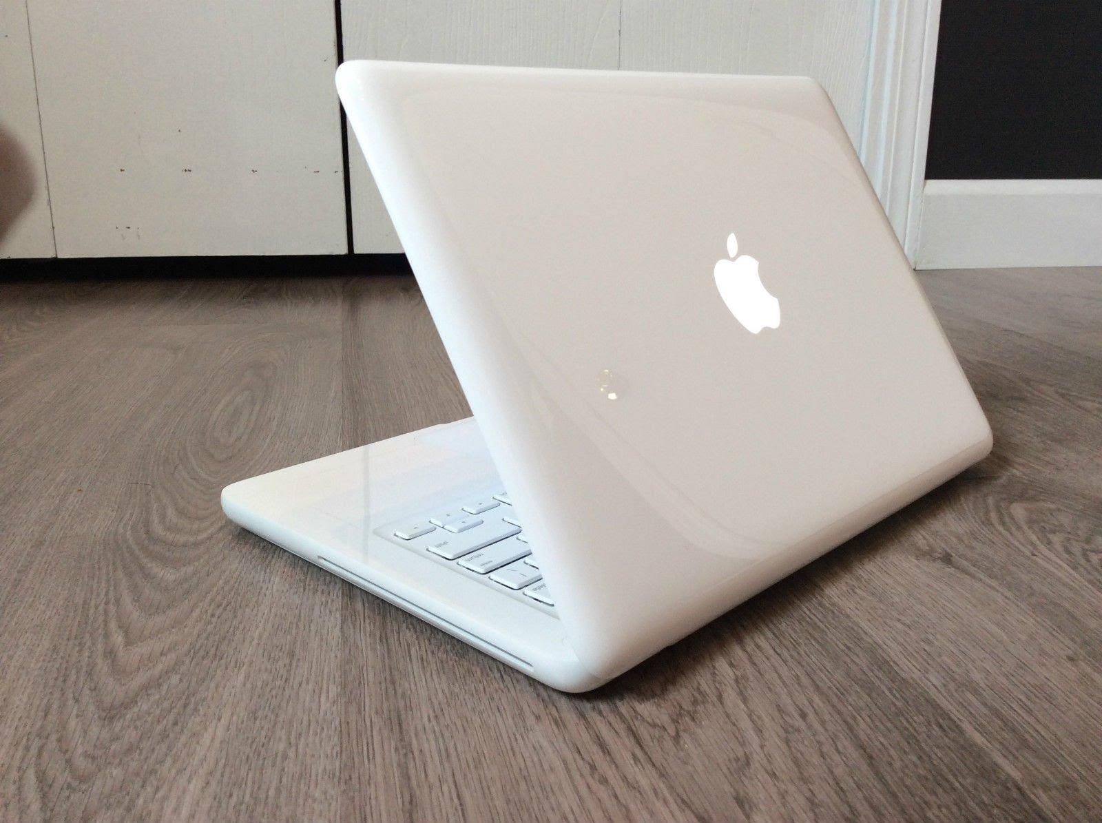 Белый пластиковый MacBook официально устарел