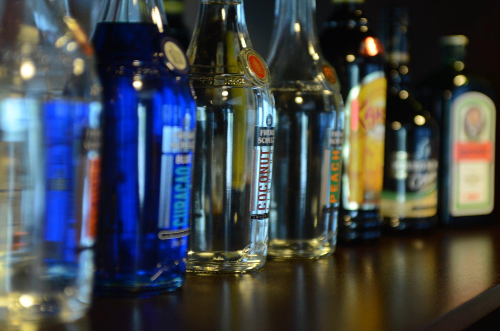 Замглавы Минкомсвязи призвал вернуть рекламу алкоголя вСМИ