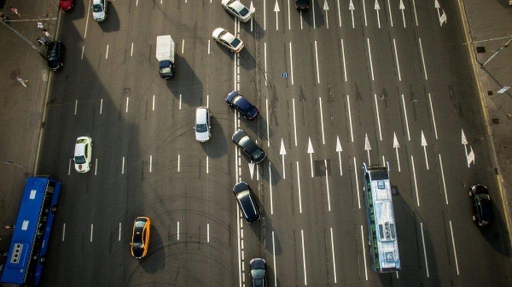 Напешеходном переходе поИзумрудной улице обновили разметку
