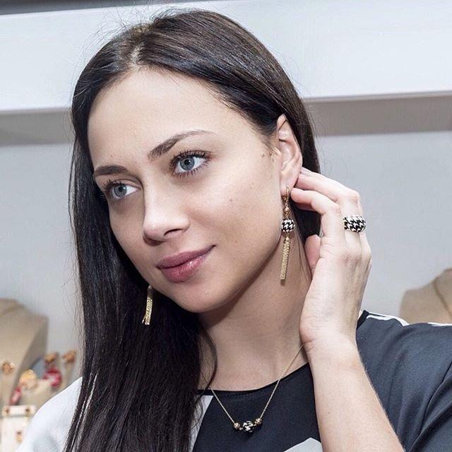 Голая Настя Квитко Модель эротического жанра видно её