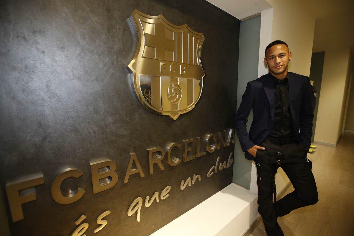 Футболист «Барселоны» Неймар предстанет перед судом поделу омошенничестве
