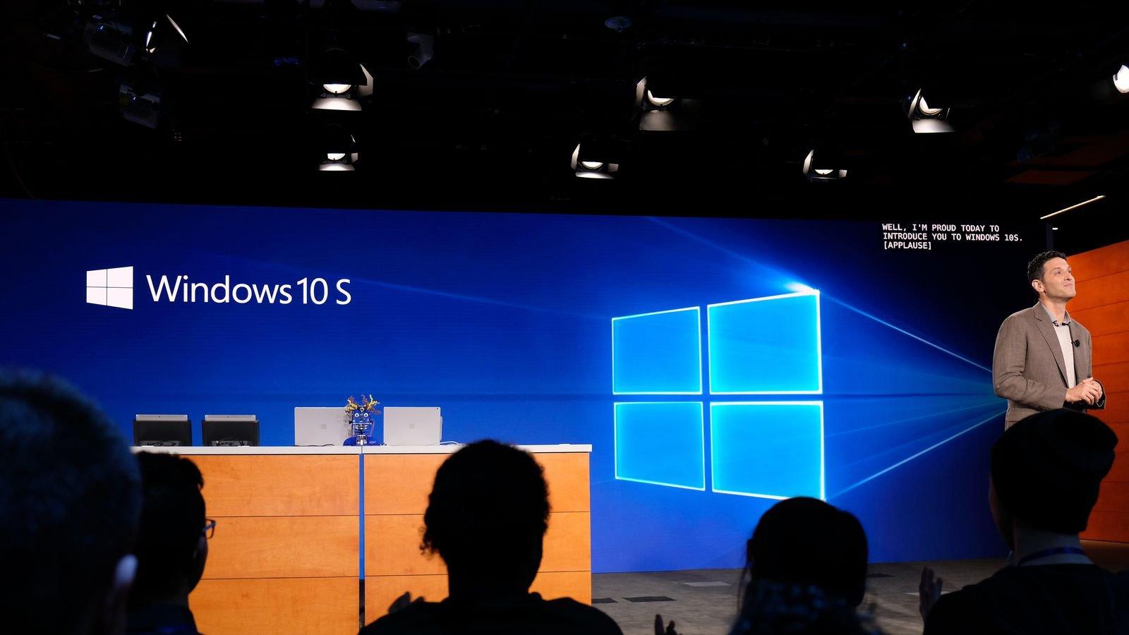 Компания Microsoft представит пользователям новый планшет 23мая вШанхае