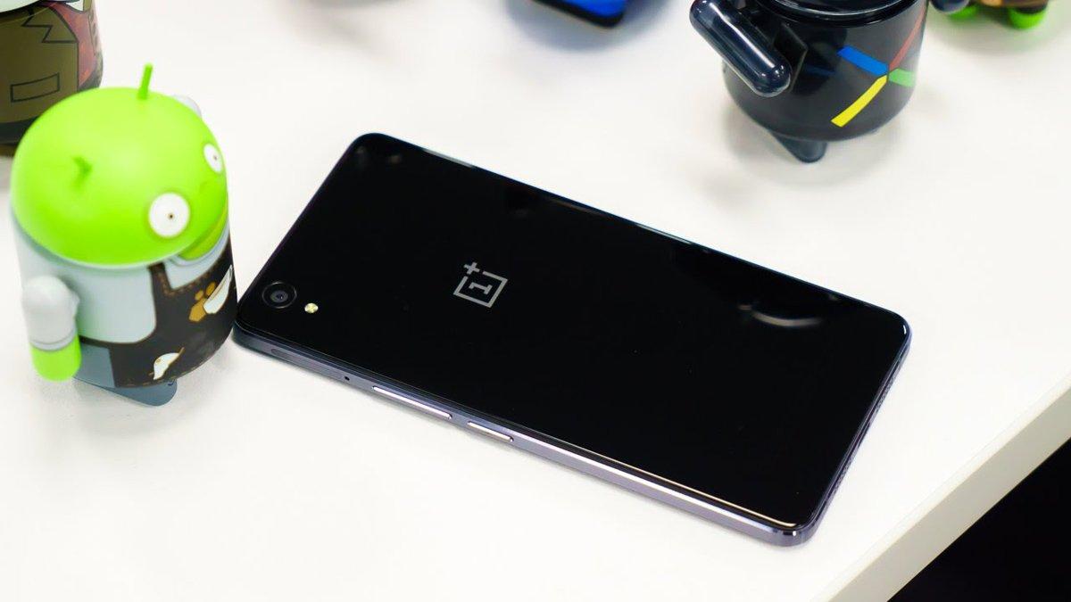 OnePlus 5 доэтого времени появился насайте магазина Oppomart