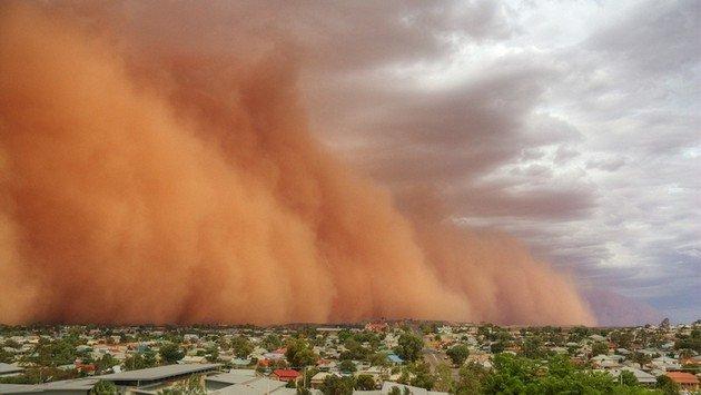 Русский самолет несмог попасть вПекин из-за песчаной бури