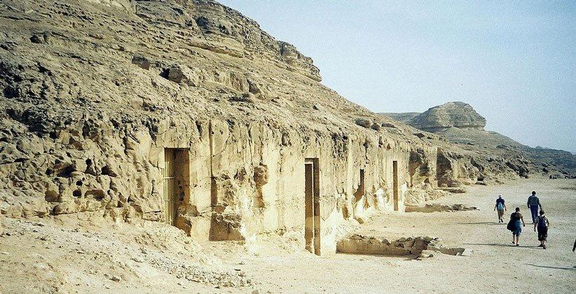 ВЕгипте археологи отыскали 17 старинных мумий