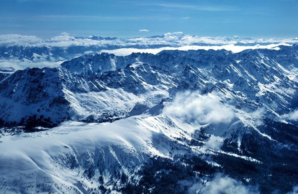 Ученые: неменее 40% ледников вгорах США уничтожены глобальным потеплением