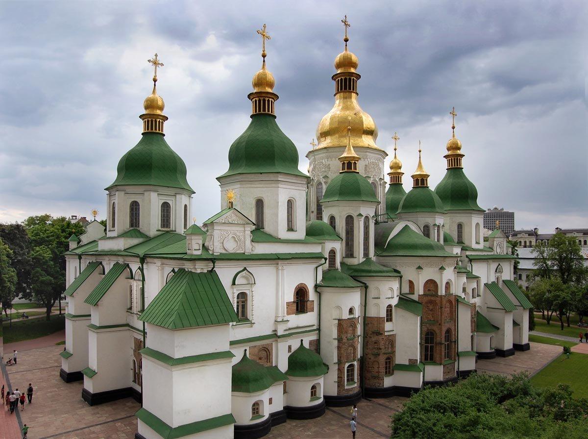 Церкви, сотрудничающие сРоссией, могут запретить вУкраинском государстве
