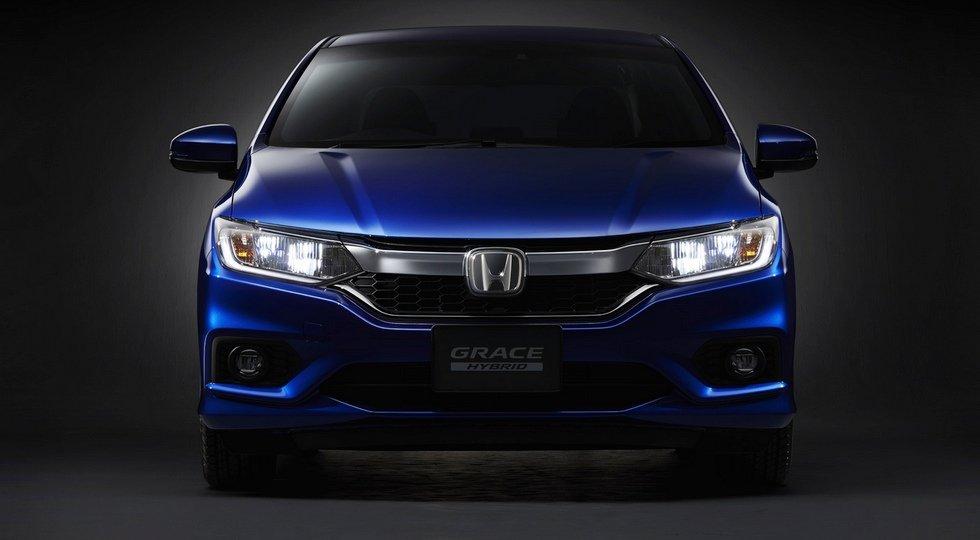 Honda модернизировала гибридный седан Grace