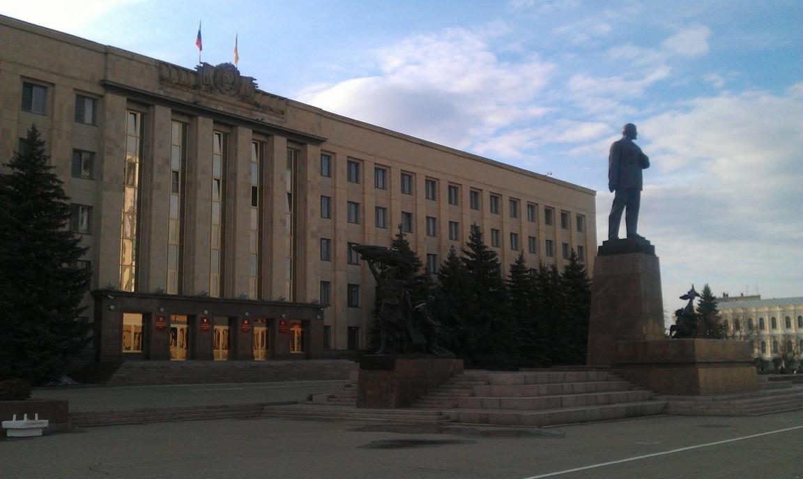 Автомобили для краевой Думы обойдутся бюджету Ставрополья в15 млн руб.