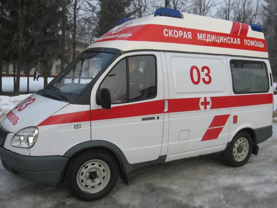 Изокон выпали два ребенка вПетербурге