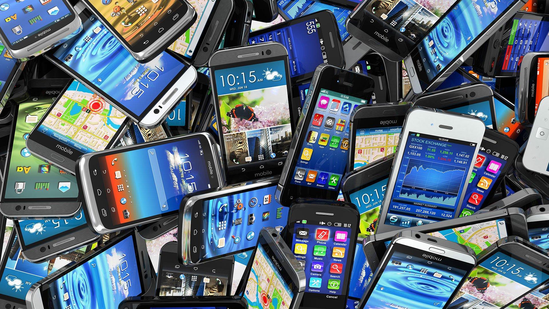 Стали известны самые популярные мобильные телефоны в Российской Федерации
