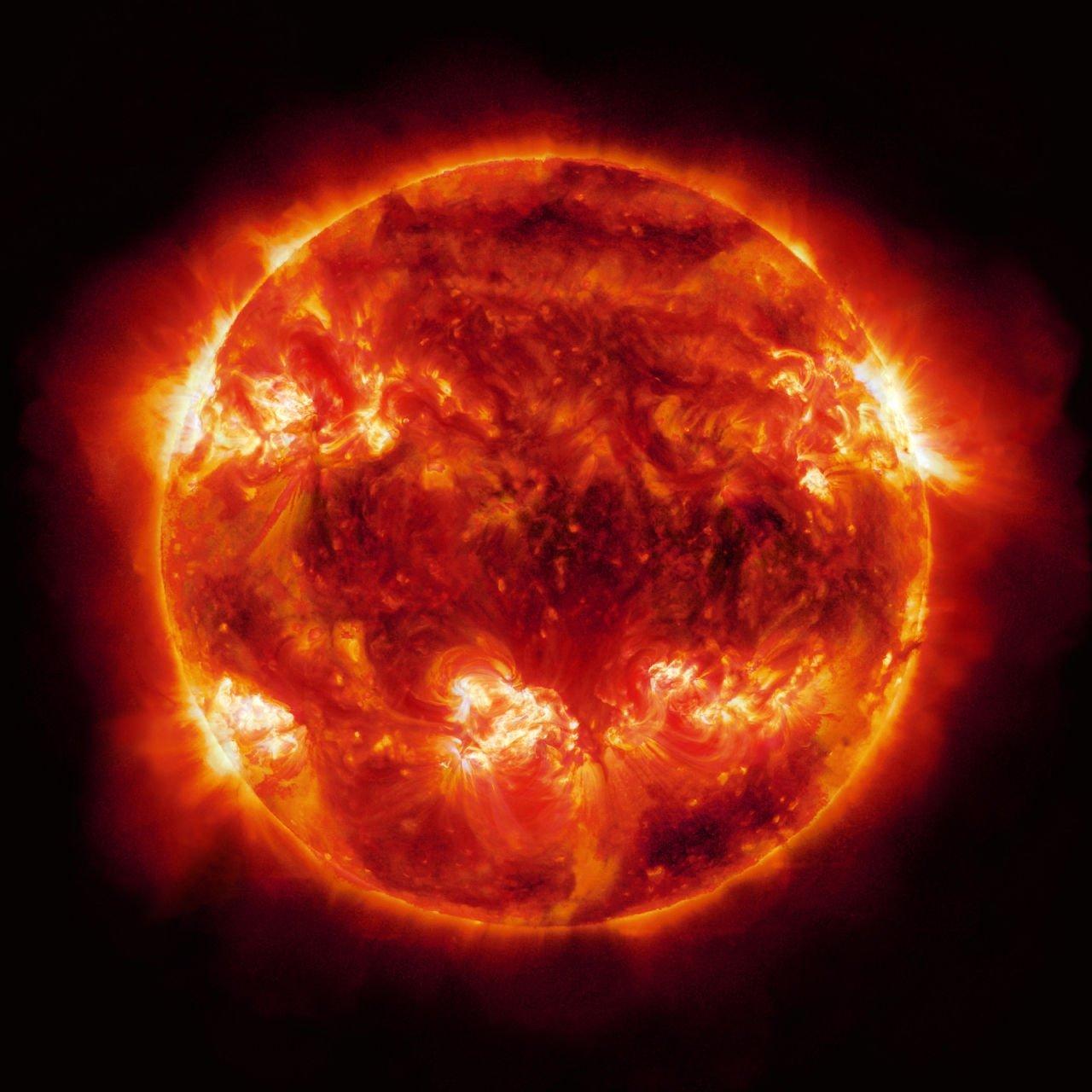 Ученые рассказали из-за чего может потухнуть Солнце