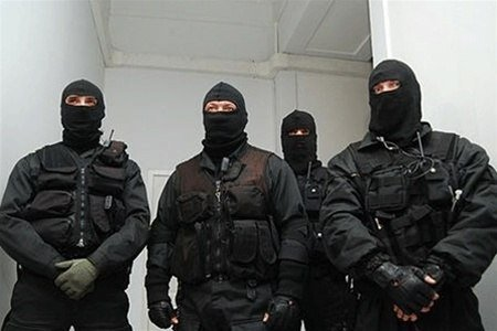 Вофисе уральского информагентства проходят обыски