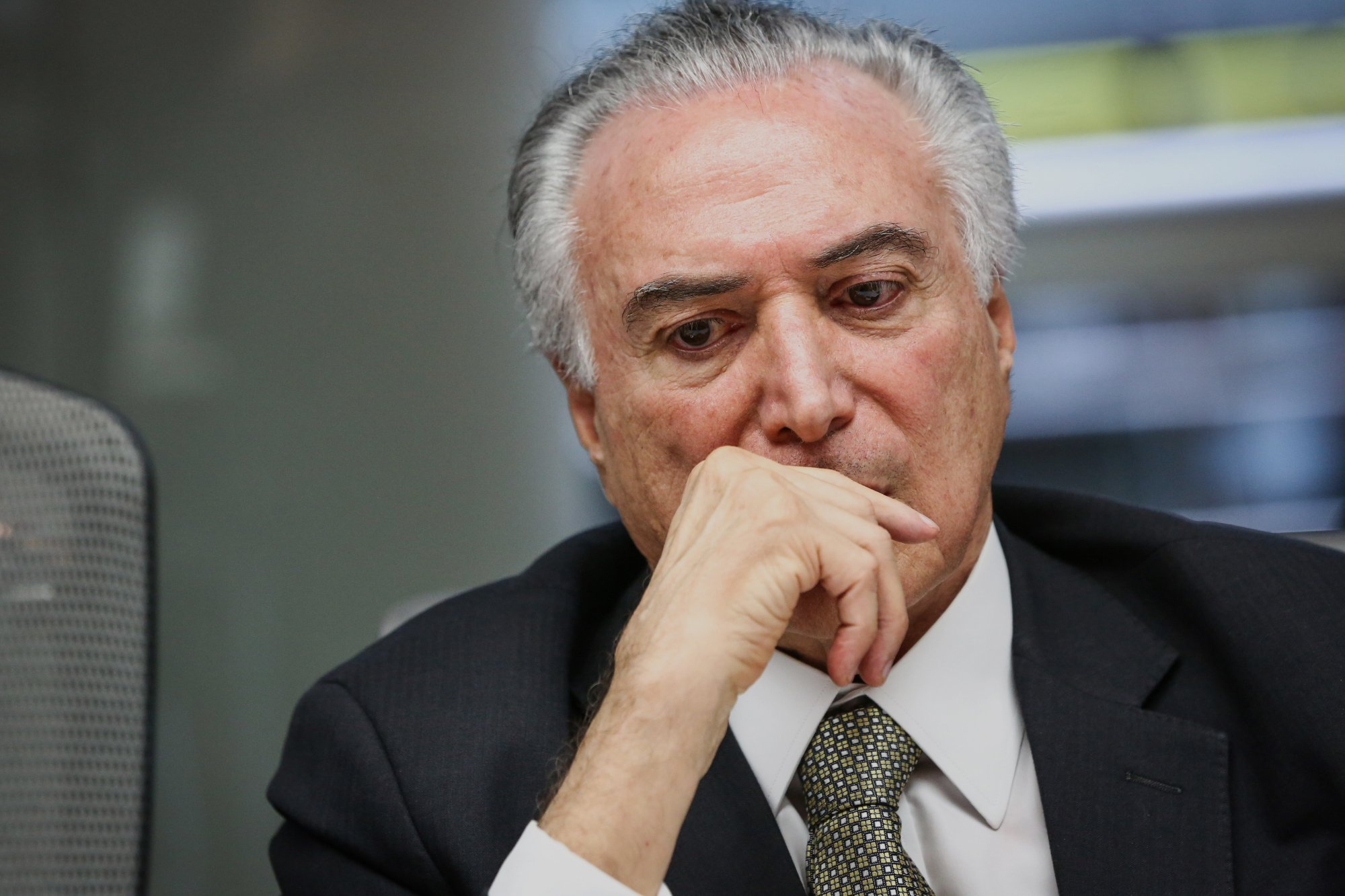 Президент Бразилии потребовал уВерховного суда предотвращения расследования вотношении него