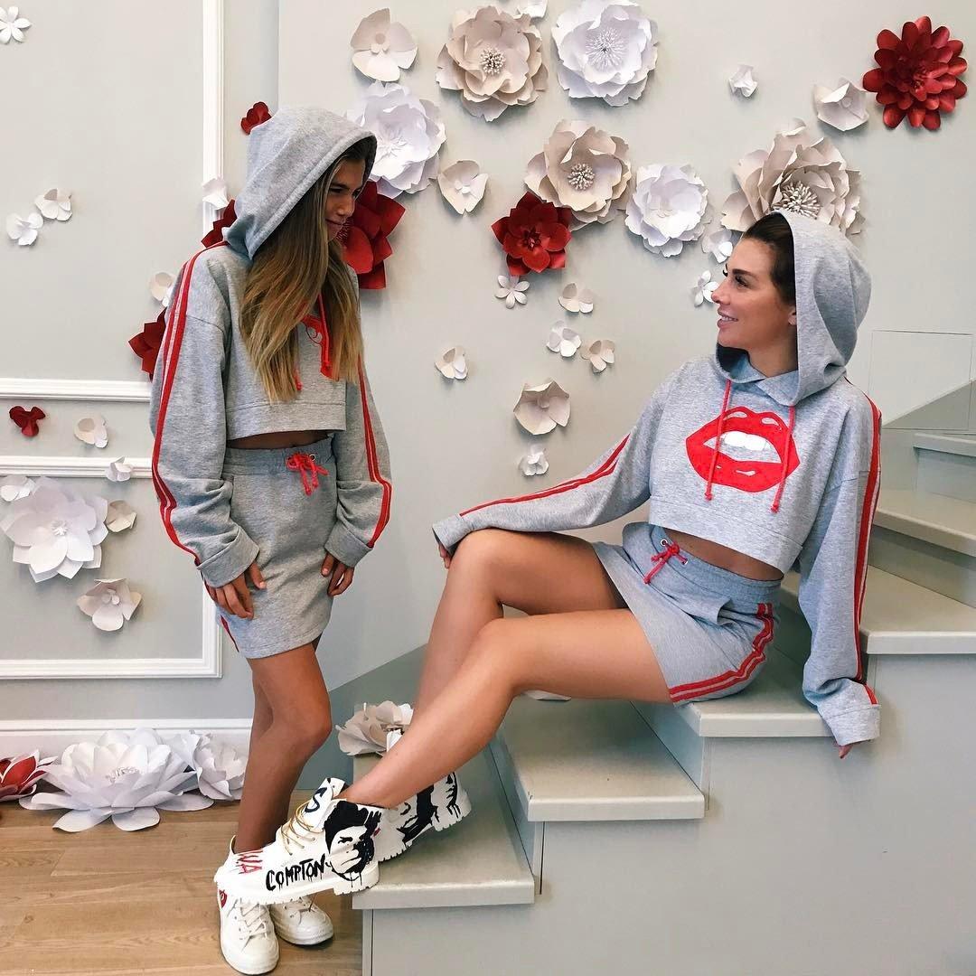 12-летняя дочь Анны Седоковой дебютировала вкачестве модели