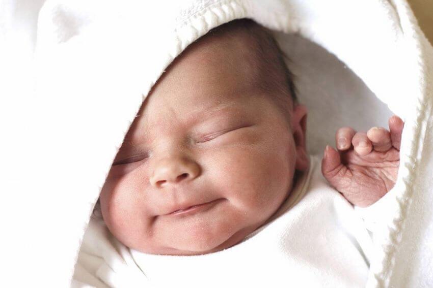 ВКрасноярском крае женщина родила прямо наулице