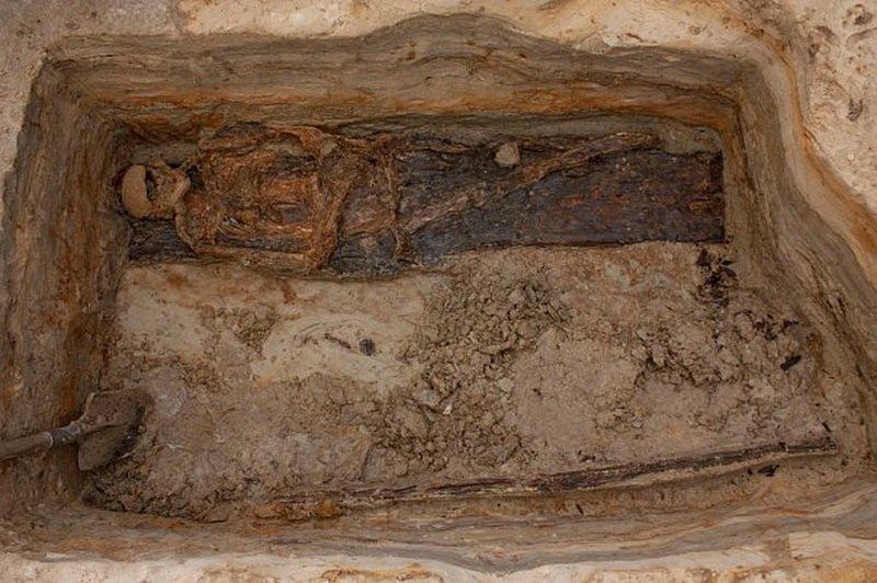 В Турции пытались продать гробницу со скелетом