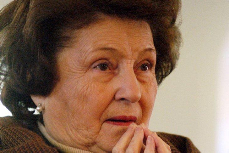 Вдова чилийского диктатора Пиночета доставлена вбольницу вСантьяго