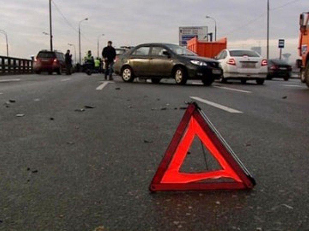 ВДТП наВолоколамском шоссе вПодмосковье пострадали 4 человека