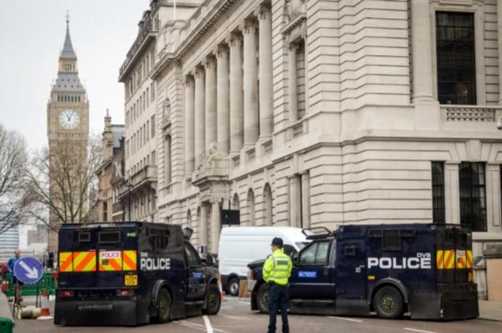 Британская агентура отыскала 23 тысячи потенциальных террористов