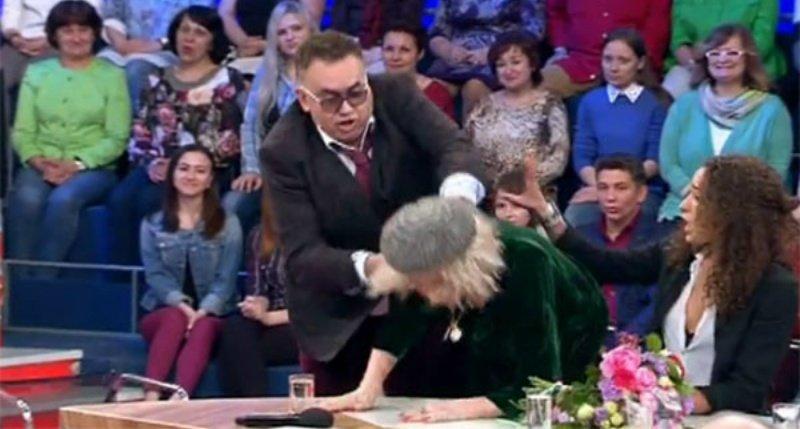 Татьяна Васильева довела дочь дослез потасовкой сСадальским