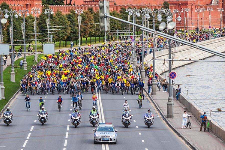 НаВсероссийском велопараде в столице установлен рекорд поколичеству участников